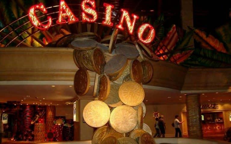 igrat-v-kazino-s-minimalnyim-depozitom