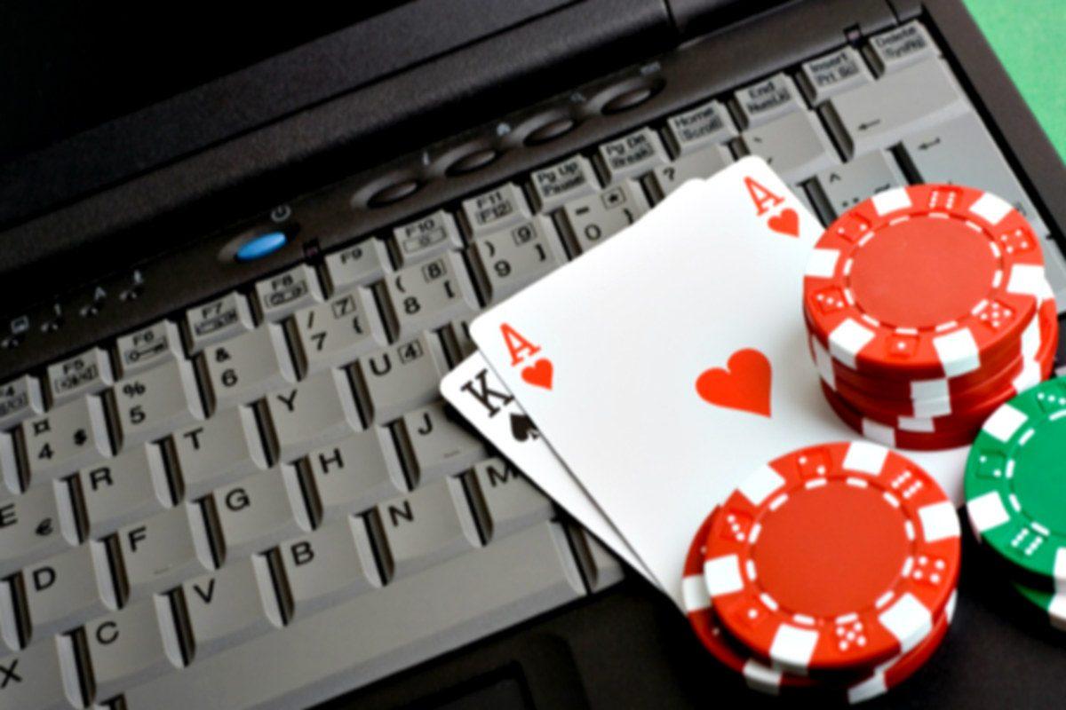 kak-ya-nachal-igrat-v-onlayn-kazino